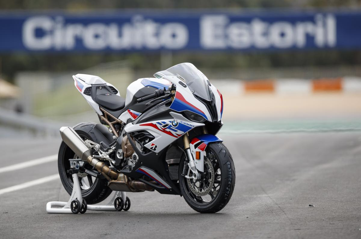 BMWS1000RR 014 jk - Motorcycle finance – watch out for the early upgrade offer