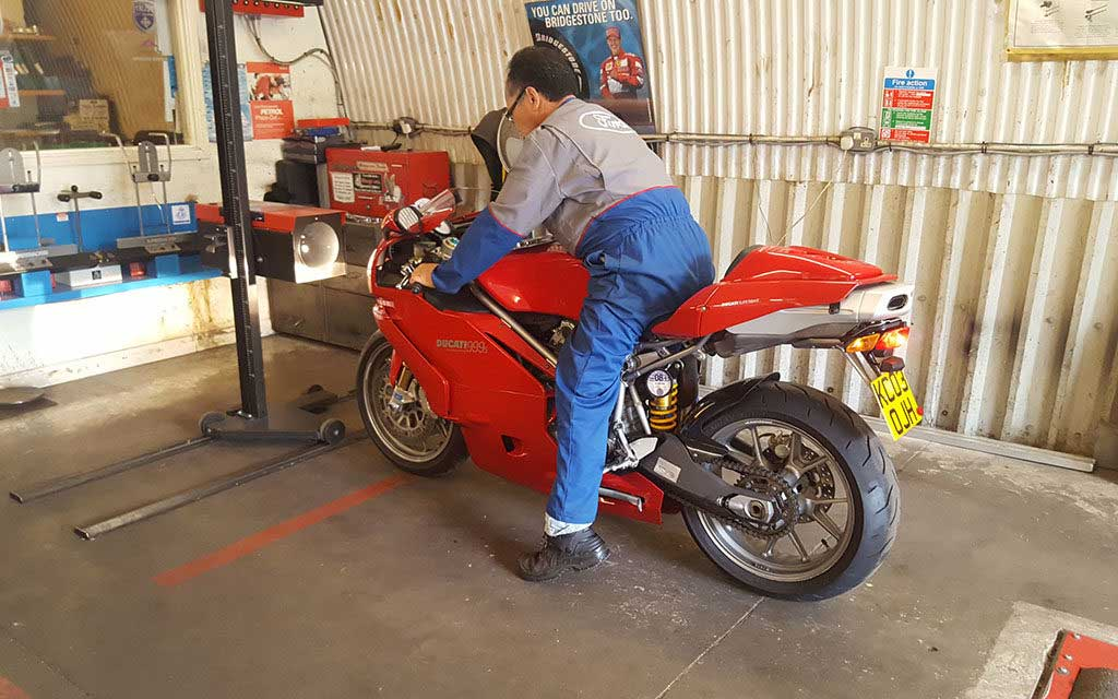 motorcycle mot checklist guide 1024x640 - Your motorcycle MOT – a complete guide
