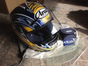 86 3 300x225 - Motorcycle Helmet Cleaning Tips
