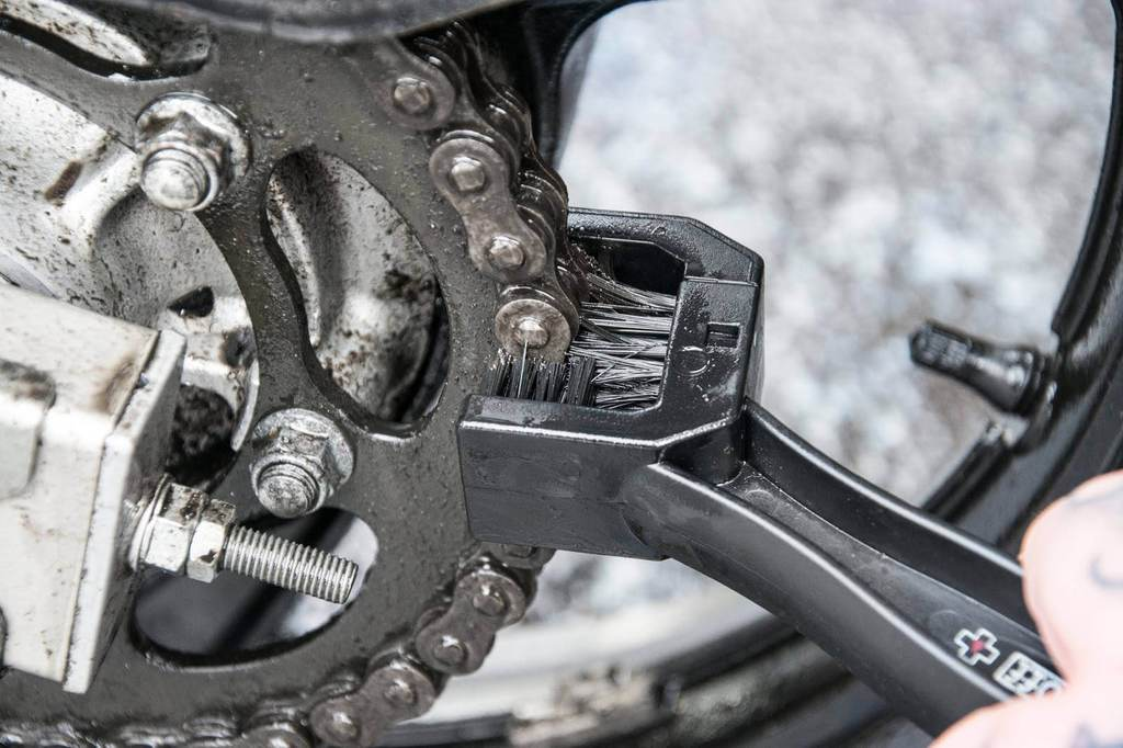 how to clean motorcycle chain - The Best Motorcycle Chain Cleaner