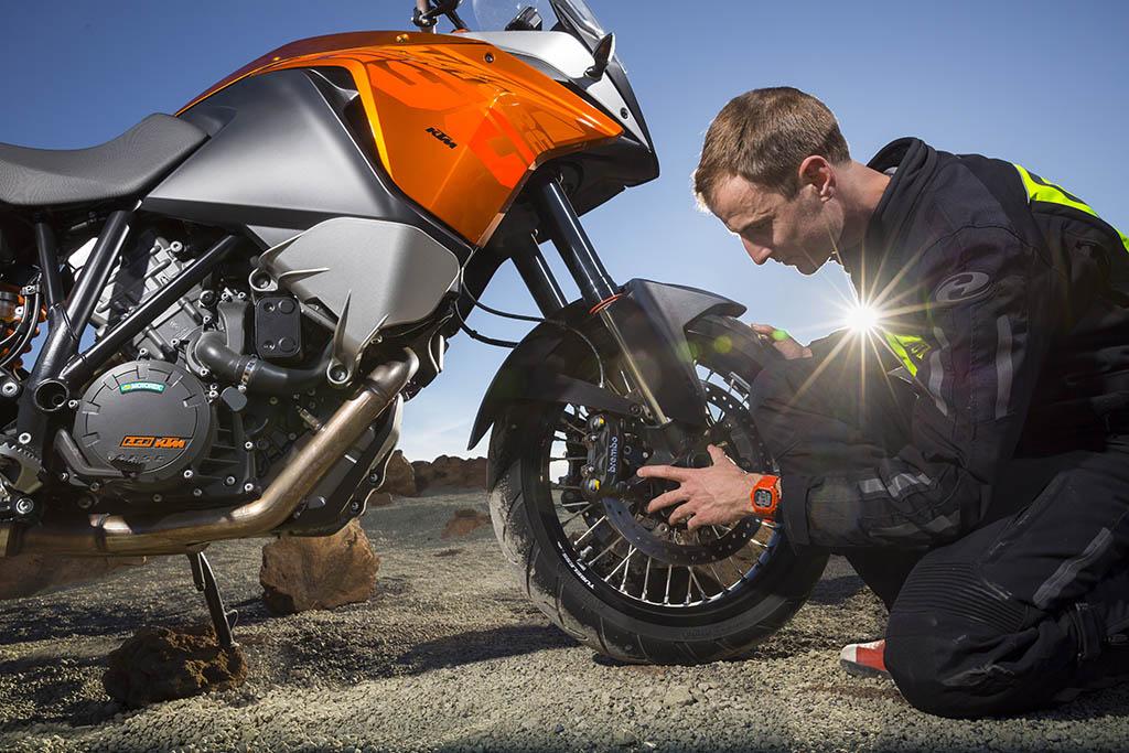 FMI5025 - The Best Motorcycle Tyre Pressure Gauges