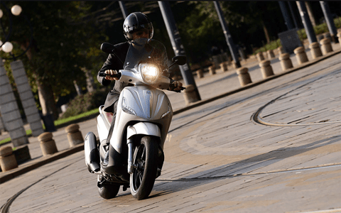 best maxi scooter uk - The Best Maxi Scooters