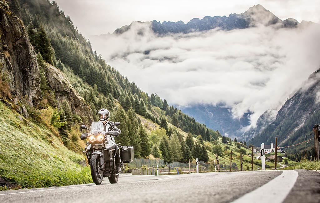 best adventure motorcycle gloves - The Best Adventure Motorcycle Gloves