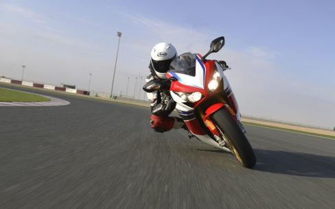 meilleures protections de poitrine de moto 488x305 - Les meilleures protections de poitrine pour moto