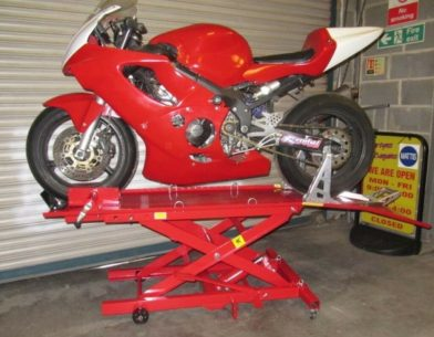 s l1600 392x305 - Every Motorcycle Lift You Can Buy In The UK