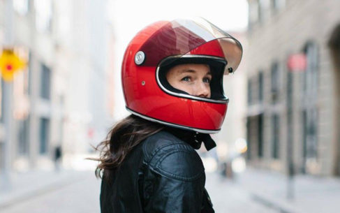 retro motorcycle helmets 487x305 - Retro Motorcycle Helmet Showcase